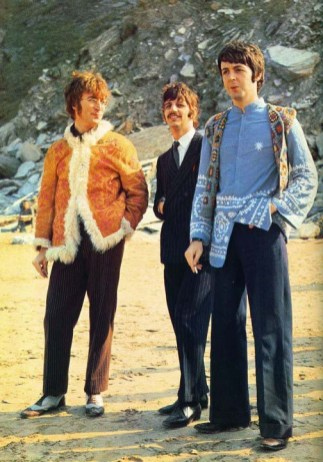 """Imaginad a una persona que empieza a tener la mosca detrás de la oreja con Paul McCartney. Ha comparado fotos, ha escuchado canciones y piensa """"¡menudo cambio dio este chico en unos meses!"""" Sigue indagando, mira más fotografías, videos... Y de repente se encuentra con esto."""