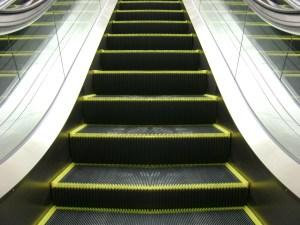 Comment nettoyer un escalier mécanique | Lalema inc.