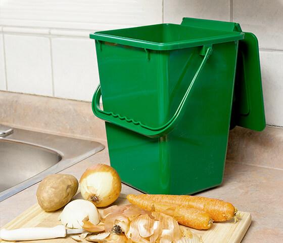 Poubelle intérieure simple pour compost KITCHEN COMPOSTER