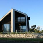 Designing gardens for progressive buildings: case study