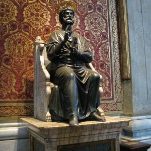 Vatikan-StPietro-Figur