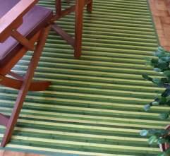 La alfombra de bambú, en la terraza