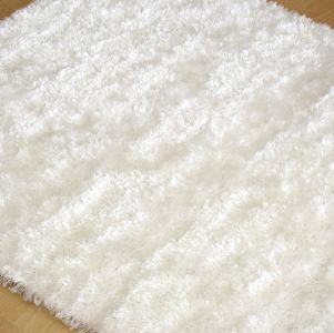 Alfombra de hilo en color blanco