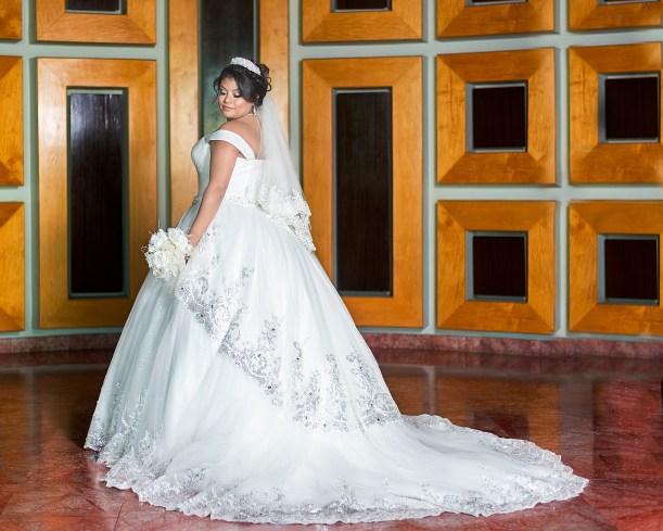 wedding-3156302_1920.jpg