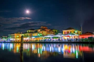 Lefkada town nightlife