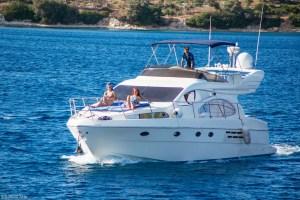 Lefkada Luxury Motorboat for daily cruise