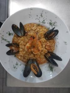 Fishbone Taverna Nidri Sea Food Risotto