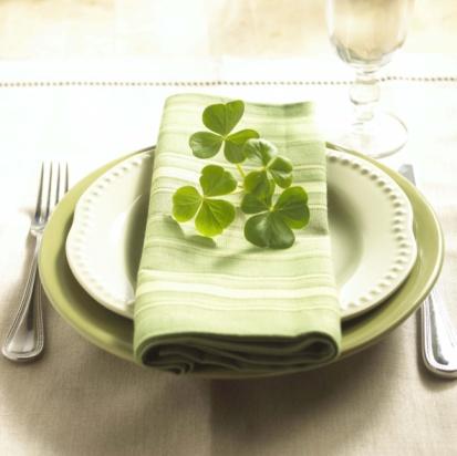 St. Patricks Day Theme Dinner plate and napkins