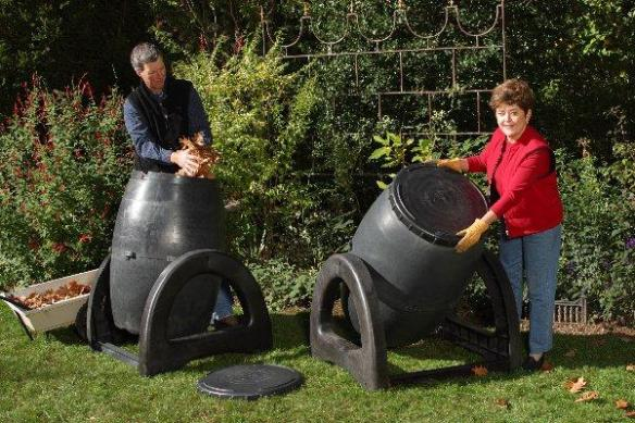 Recycled Plastic Compost Tumbler: get ready to use compost in weeks, not months! Click on the picture and learn more at Lehmans.com.