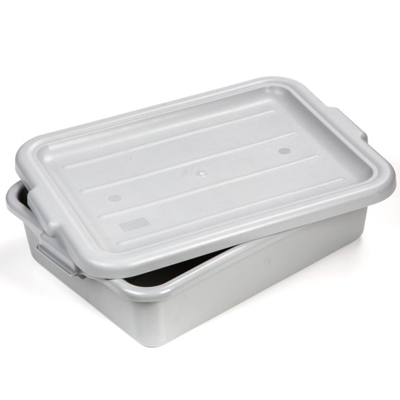 Heavy-duty container gives you the space you need to mix homemade sausage and jerky. So big it holds up to 40 lb of meat! Comes with lid, so you can store it in the refrigerator.