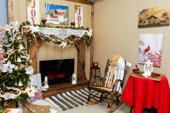 store-at-christmas-8