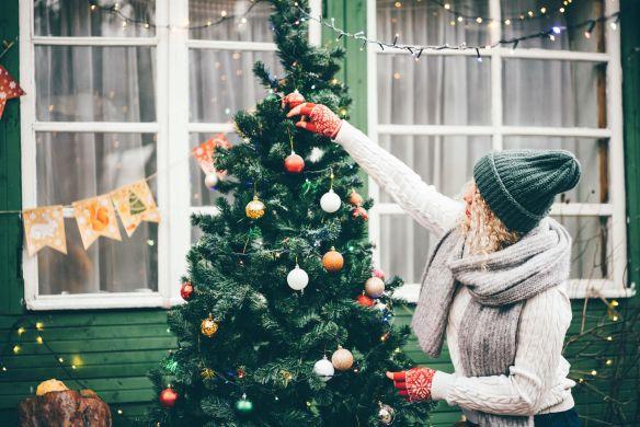 decorating outdoor tree