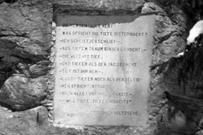 friedrich-nietzsche_stein