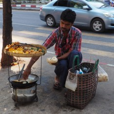 2017-Lemondelibre-myanmar-Rangoon-stree-food-2