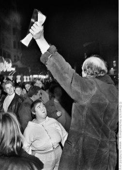 Straßenprediger wird von einer Zuhörerin attackiert - London, Großbritannien. Foto © Dietrich Hackenberg