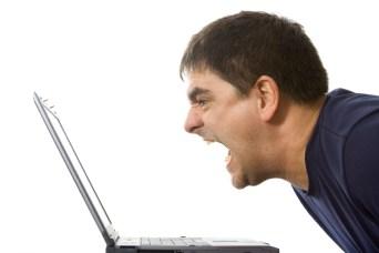 Guy-yelling-at-computer