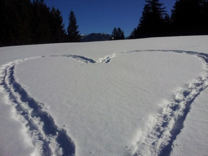 Liebesherz im Schnee