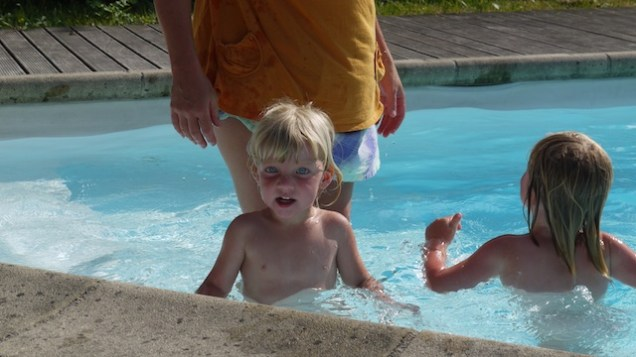 swimming with mama