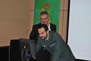 Sisco Sapena y el Capitán César Lorenzana preparando la rueda de prensa (800x536)