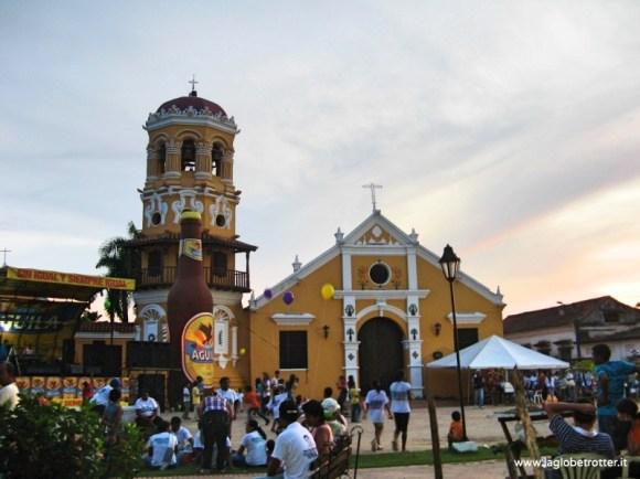 piazza di mompox - colombia