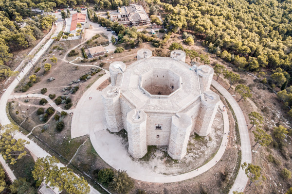 Castel del Monte vista aerea