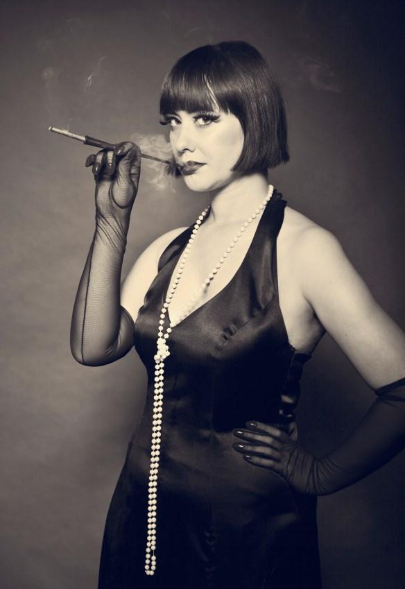 Lola Noir Master & Servant