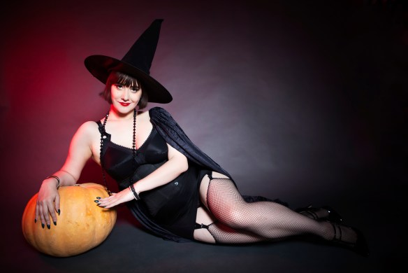 Pin-Up Witch