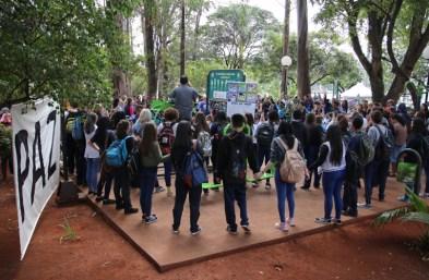 Lago Igapó recebe jogo que estimula a cultura da paz