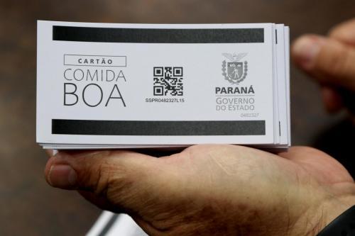 07.05.2020 - Londrinenses recebem Cartão Comida Boa - Fotos: Emerson Dias