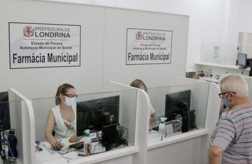 07.10.2020 Farmácia Municipal Atendimento em Pandemia - Fotos: Emerson Dias