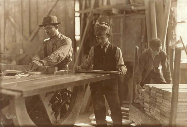 factory_woodworkers