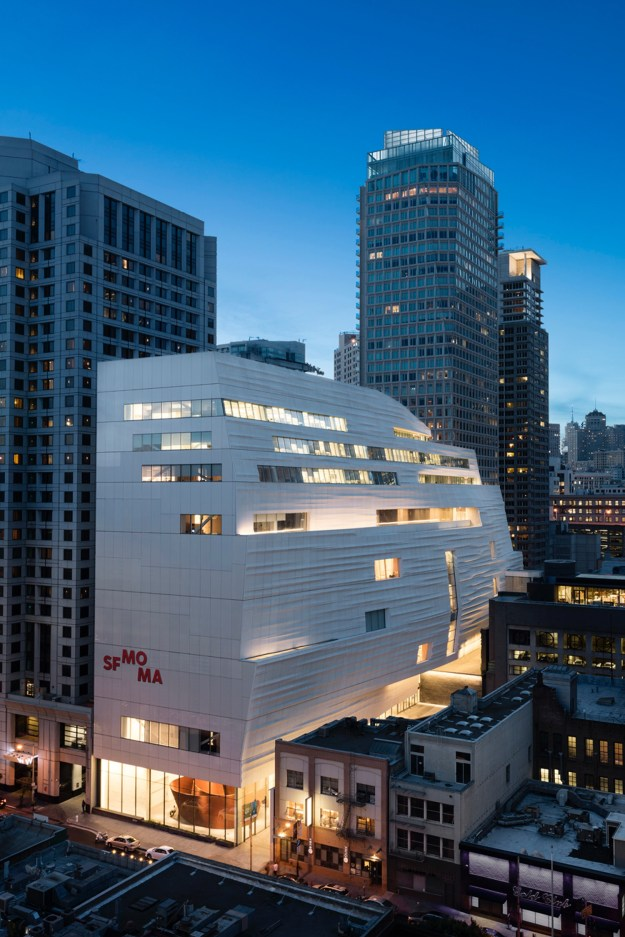 New SFMOMA, view from Yerba Buena Gardens: photo: © Henrik Kam, courtesy SFMOMA