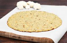 Healthy Recipe: Cauliflower Crust Pizza