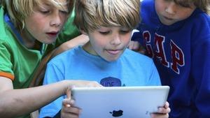 Children Reading [Photo via Mashable]