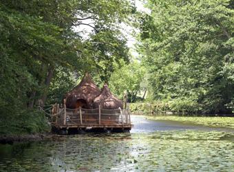 cabane-sur-eau-derive