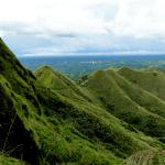 Mt Batulao - Bulubundukin kuha mula sa trail papuntang summit