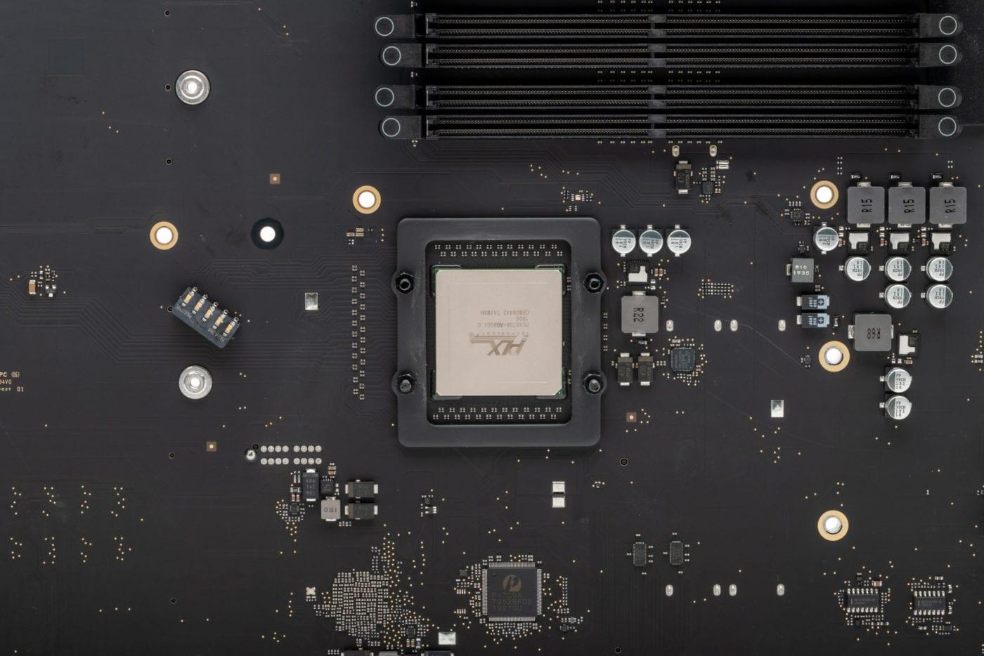 2019 Mac Pro – PLX chip with heatsink removed