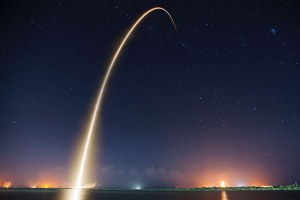 Image of a spaceship launch