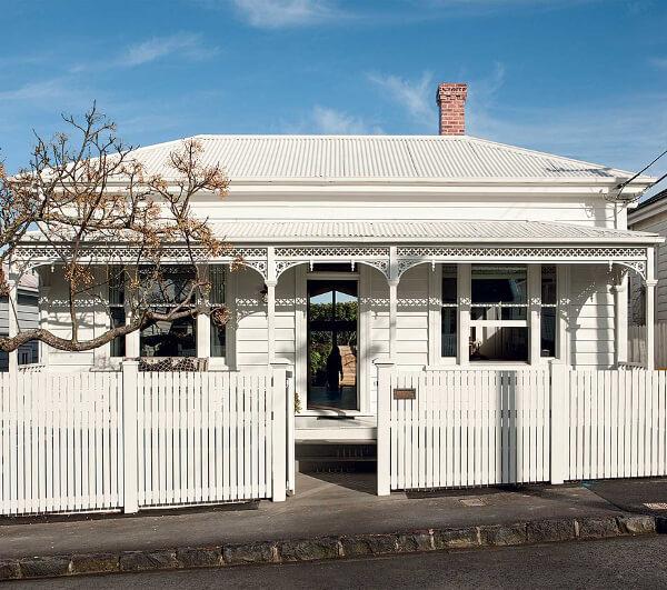 Un cottage chic en Nouvelle Zélande. Découvrez toutes les photos de cet intérieur chic et éclectique dans l'article.