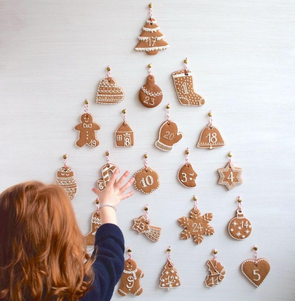 Un calendrier de l'avent gourmand, à réaliser avec des douceurs et des petits biscuits pour les enfants