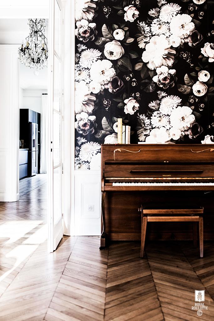 Une déco originale pour un piano dans le salon