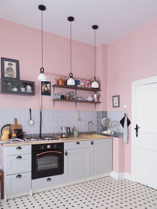Peindre les murs de la cuisine en rose