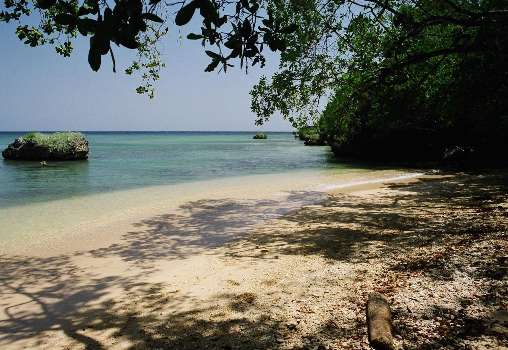 Little beach ... a 2-minute walk from Mais Oui villa in Discovery Bay Jamaica