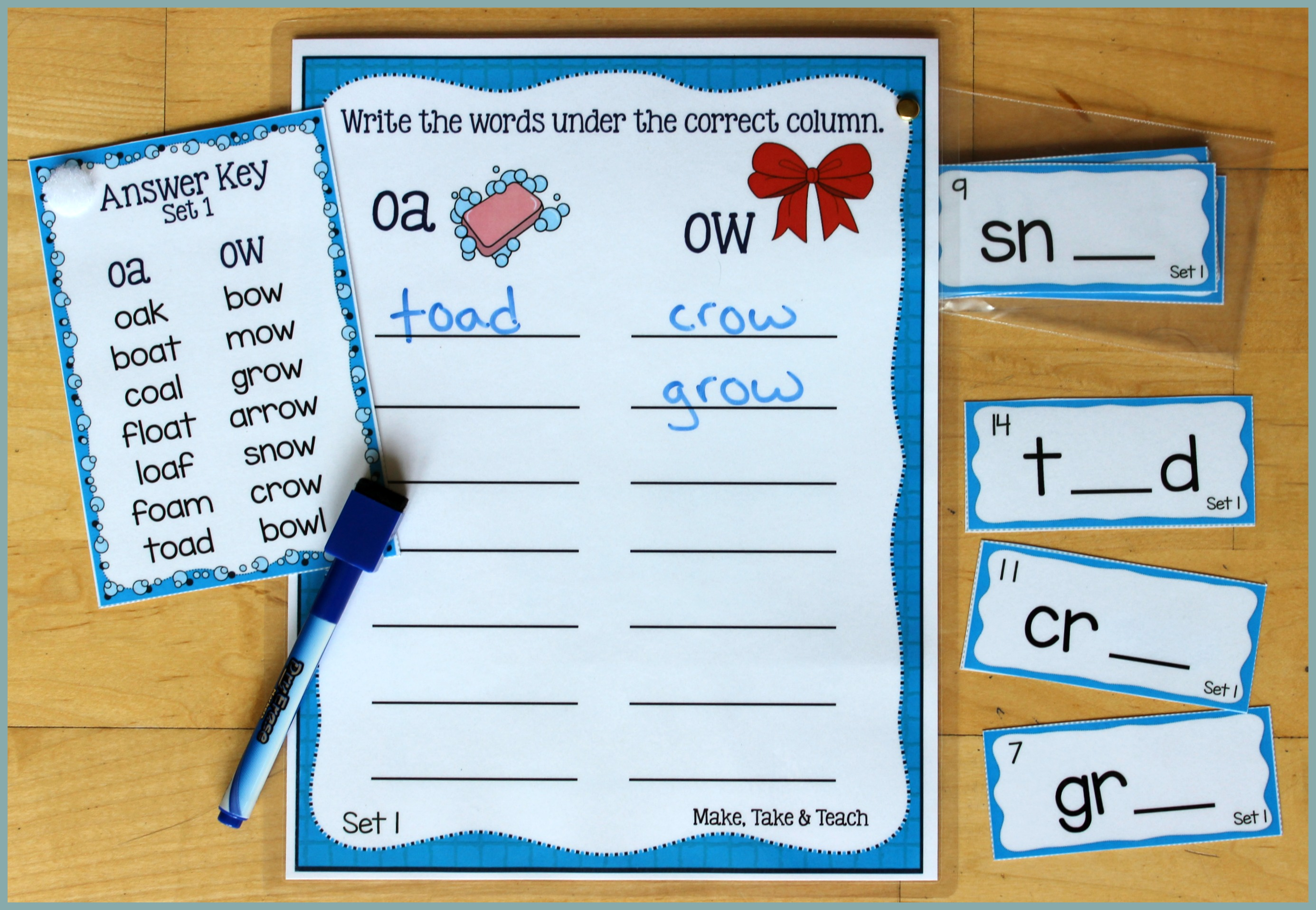 Oa Ow Oe File Folder Word Sorting Activity Great Way To Introduce Four In A Row Winter Themed