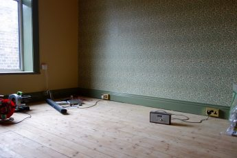 little-greene-sage-greene-william-morris-willow-wallpaper