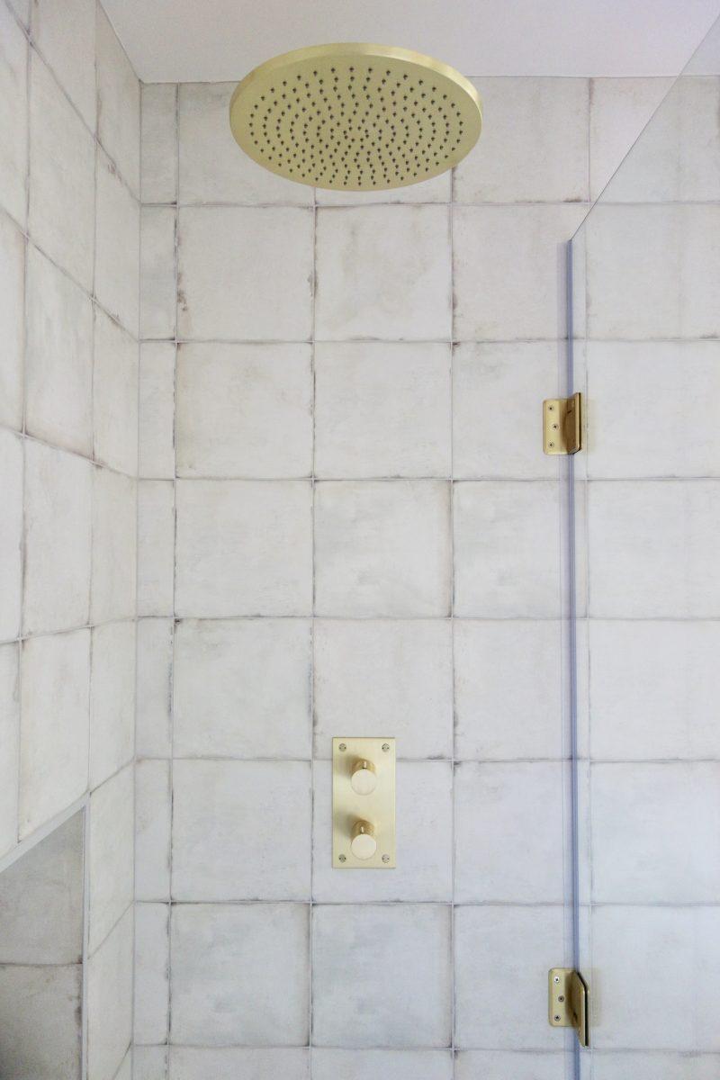 Living House Brass Shower