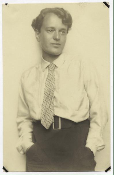Margarete Heymann-Loebenstein Marks, ca. 1925. Photo courtesy Bauhaus Archiv, Berlin.