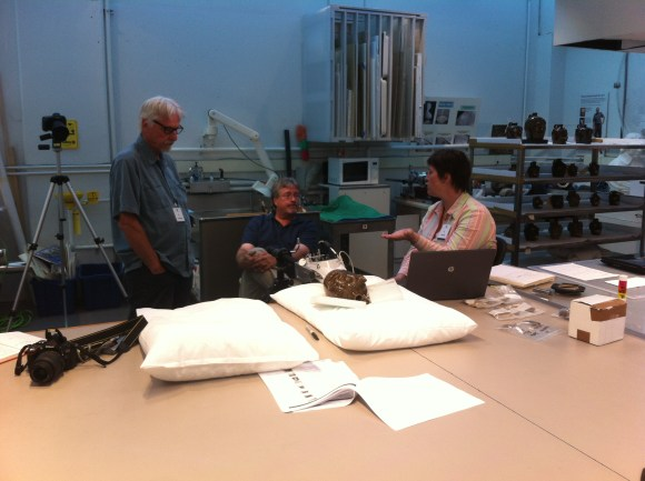 pXRF device being used on a face jug by John Richards and Michelle Birnbaum. Photo courtesy of Jon Prown.