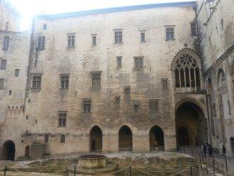 Avignon en famille - Palais des Papes 2