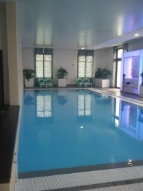 radisson-blu-marne-la-vallee-piscine-sejour-disneyland-nuit-supplementaire